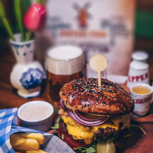 XXL Burger in der Sports-Bar