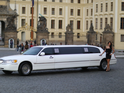 Lincoln Limousine mit Strip Show