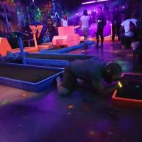 Neon Mini Golf